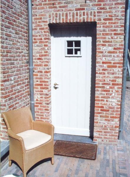 Porte en bois peint modèle Cadra