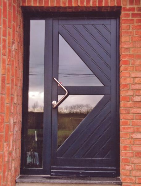 Porte en bois peint modèle Delta