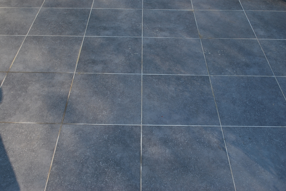 Carrelage ext rieur for Carrelage grand carreaux gris