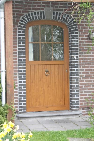 Porte en PVC style fermette