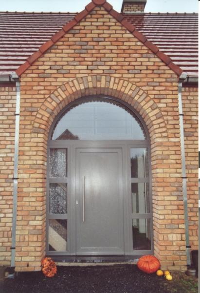 Porte d'entrée PVC gris quartz