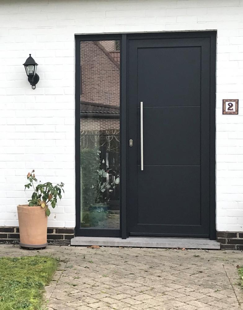 Porte d'entrée PVC noir mat